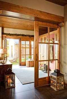 Hallway of the house with sliding doors. Hallway with wooden doors Style At Home, Japanese Bedroom, Interior Barn Doors, Design Case, Wood Doors, Home Fashion, My Dream Home, Home And Living, Beautiful Homes