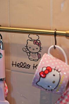 Your ultimate source for Hello Kitty cuteness Pink Kitchen Walls, Pink Kitchen Appliances, Pink Kitchen Decor, Cute Kitchen, Kitchen Stuff, Kitchen Ideas, Pink Smeg Fridge, Hello Kitty Kitchen, Sweet Home Design