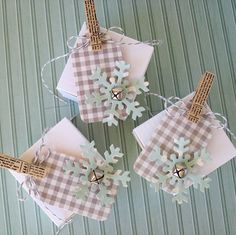 Mini Gift Boxes by Kathy Martin for #Pebbles using the Front Porch collection.
