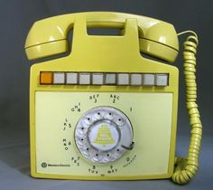 Western Electric Model 852 Wall mounted Multi-Line Phone - Yellow Vintage Baby Toys, Vintage Phones, Vintage Telephone, Yellow Clocks, Mens Beard Grooming, Antique Phone, Retro Phone, Nostalgia, Mellow Yellow