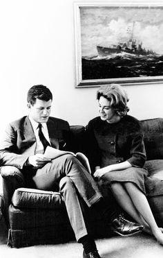 Les Kennedy, Jackie Kennedy, Kennedy Compound, Familia Kennedy, Joan Bennett, Greatest Presidents, Step Kids, Just Kidding, Love Affair