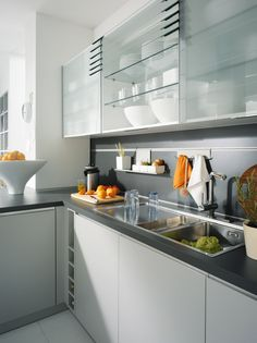 Bring all generations together with family friendly kitchens from ... | {Schüller canto 78}
