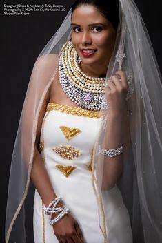 Representing Egyptian Queen Nefertiti