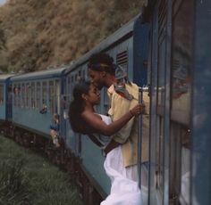 an a guy and a girl be JUST FRIENDS? Men are from Mars. Women, from Venus. That's what we've been told - that we're fundamentally Black Love Couples, Black Love Art, Cute Couples Goals, Black Is Beautiful, Black Girl Aesthetic, Couple Aesthetic, Cute Relationship Goals, Cute Relationships, Couple Noir