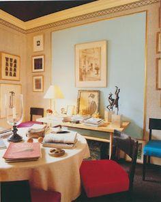 Manhattan apartment of Albert Hadley via The Peak of Chic
