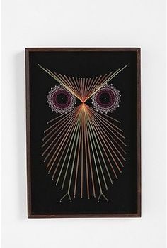 Threaded Owl Wall Art Love this. Reminds me of that game w the nails and rubber bands or my brother sewing paper to make cool patterns using geometry (I think)