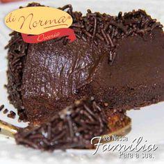 Brigadeirão: Saboroso doce de brigadeiro com granulados. #love #DiNorma #cake #curta #siga e #compartilhe