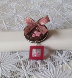 Broche, bruin/roze, Nespresso capsule Made by Roosjes sieraden en meer.. https://www.facebook.com/pages/Roosjes-sieraden-en-meer/755981661106485