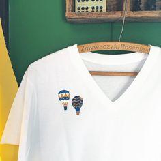 いいね!633件、コメント2件 ― annas/アンナスさん(@annastwutea)のInstagramアカウント: 「『ワードローブを彩るannasの刺しゅう教室』高橋書店 の中から。Tシャツに刺繍。 気球のワンポイント。 デニムに合わせやすい色味にしてみました Tシャツに刺繍をするコツは本に載せています✨ ・…」
