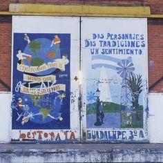 Puerto en Gualeguaychú. #brargentina #brazuca #brasiliangirl #chicabrasileña #mividaenargentina #worldtrip #trip #aroundtheworld #streetart #argentina #gualeguaychu #carnaval #viajenaviagem #paint #door #wall #puerto by silviaoliveirabsas