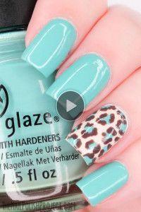 lime green print nails