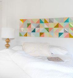 Une tête de lit en papier DIY