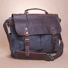 Collection Here Casual Mens Leather Small Satchel Pockets First Layer Of Leather Leather Bag Dumplings Camera Bag Home