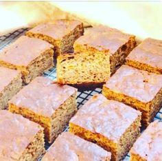 Raw Vegan, Cornbread, Biscuits, Deserts, Lemon, Ethnic Recipes, Food, Millet Bread, Crack Crackers