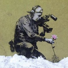 Rare Love The 30 Most Powerful Street Art Pieces By Banksy Arte Banksy, Bansky, Banksy Art, Graffiti Art, Best Street Art, Caricature Drawing, Art Thou, Expositions, City Art