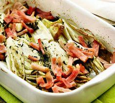Witlof met rozemarijn en bacon uit de oven - Recept - Jumbo Supermarkten