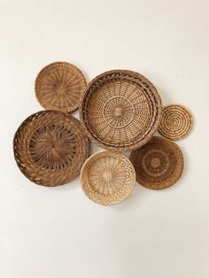 Set of 6 Woven Wall Baskets and Trivets / Basket Wall Collage / Wall Basket Set . Set of 6 Woven Wall Baskets and Trivets / Basket Wall Collage / Wall Basket Set / Boho Farmhouse Dec Always wanted to le. Home Decor Baskets, Basket Decoration, Baskets On Wall, Decorative Wall Baskets, Woven Baskets, Boho Bathroom, Bathroom Styling, Design Bathroom, Home Decor Accessories