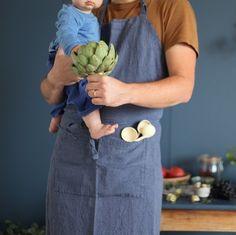 papa cuisine avec bébé