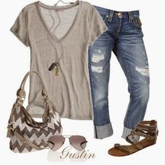 Love love love this!!!! .....Casual Outfit - LOVE the purse too!
