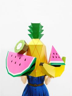 Createimpressive giant paper sculptures with our poster templates!  A set of 3 heavy weight posters printed in vibrant colors thatmake a tropical fruit feast! 2 x watermelon slices,1 x pineapple 1 x banana, 1 x kiwi  Foramazing party & room deco, photo props and surprise presents  This is a make yourself kit and you'll need to cut, fold and glue to complete the 3D sculptures.  Check out our blog post for full assembly instructions!