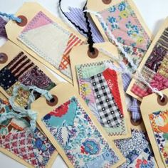 One of a kind quilted gift tags. Photo courtesy of bugsie at Etsy. Crafts For Teens To Make, Diy And Crafts, Paper Crafts, Easy Crafts, Old Quilts, Vintage Quilts, Quilting Projects, Craft Projects, Craft Ideas