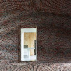 "Lens°ass wins the international Wienerberger Brick Award 2012 for ""single-family house""."