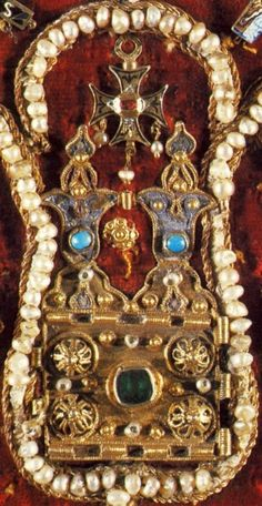 Ruthenian Crown (detail), Lithuania (13th c.; gold, precious stones, pearls). One of thirteen sections of a lost Ruthenian-Byzantine crown. Possibly, part of the so-called Ruthenian Treasure inherited by King Casimir the Great. Now sewn on a chasuble.