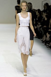 Dolce & Gabbana | Коллекции | Весна-лето 2011 | Милан | VOGUE