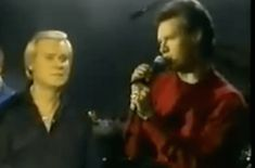 Flashback: Randy Travis and George Jones prove they're 'A Few Ole Country Boys.'