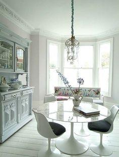Modern & traditional furniture