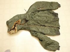 US Military Type N-2B Extreme Cold Aircrew Parka w/ Attached Hood-Size Medium