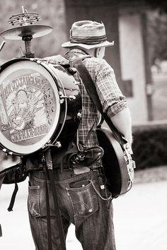 Music Instruments Drums Musicians 43 New Ideas World Music, Music Is Life, Instruments, Street Musician, Vintage Drums, Blues, Street Performance, Jazz Guitar, Street Culture