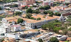 biblioteca publica Julio Perez Ferrero - #soloprivilegios comparte para ti https://twitter.com/hotelcasinoint http://www.hotelcasinointernacional.com.co/ https://www.facebook.com/hotelcasinointernacionalcucuta