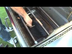Weber Grills-Gas Grill Cleaning Tips