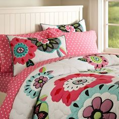 I want this bedding for my little girl.