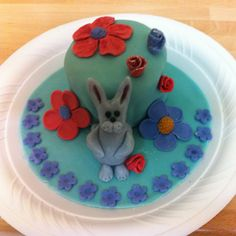Mini rabbit birthday cake