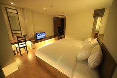 Flat Screen, Bed, Places, Furniture, Home Decor, Blood Plasma, Decoration Home, Stream Bed, Room Decor