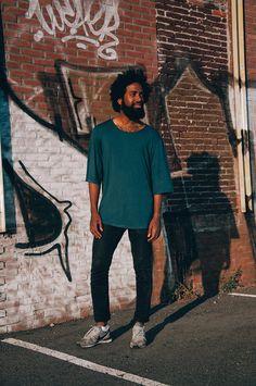 Green shirt hair beard sneakers men Style streetstyle