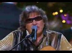 Jose Feliciano - Feliz Navidad - Merry Christmas to all pinners. Xmas Songs, Xmas Music, Favorite Christmas Songs, Christmas Tunes, Christmas Movies, Christmas Carol, Christmas Videos, Jukebox, Spanish Songs