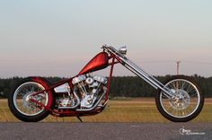 """""""FlyGirl"""" chopper by Unique Custom Cycles 