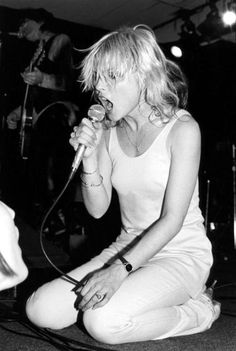 Debbie HARRY and BLONDIE; Debbie Harry Get premium, high resolution news photos at Getty Images Blondie Debbie Harry, Celebrity Photos, Celebrity News, Thompson Twins, Paul Young, Nostalgia, Cyndi Lauper, New Romantics, Joan Jett