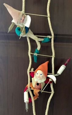 Vintage Christmas Ladder Climbing Lights Snow White Seven Dwarves Jeelco 1950's #Jeelco Vintage Christmas Lights, Christmas Ornaments, Snow White Seven Dwarfs, Vintage Lighting, Ladder, Climbing, Holiday Decor, Ebay, Rock Climbing