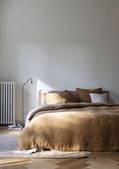 Home Decor Habitacion .Home Decor Habitacion Cozy Bedroom, Bedroom Inspo, Home Decor Bedroom, Linen Bedroom, Blue Bedroom, Bedroom Ideas, Design Bedroom, Bedroom Wall, 1920s Bedroom