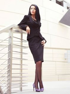 Black skirt suit sheer black pantyhose and lavender high heels Nylons, Black Pantyhose, Pantyhose Outfits, Black Tights, Womens Fashion Casual Summer, Black Women Fashion, Ladies Fashion, Black Skirt Suit, Skirt Suits