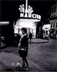 Film Photography, Street Photography, Pigalle Paris, Slick Hairstyles, Old Paris, Great Photographers, Paris Photos, Tour Eiffel, Black And White Pictures