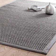 Grijs gevlochten sisal BASTIDE tapijt 140 x 200 cm