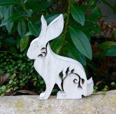 Hase mit Ornament. Zu beziehen über https://www.facebook.com/PJs-Handarbeiten-1488148414745884/ ab 12,50€