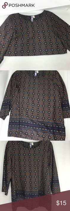 Alya 3/4 Sleeve Aztec Blouse Medium size Alya top, excellent preowned condition! Alya Tops Blouses