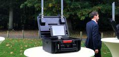 Gracias a este dispositivo de DJI las autoridades podrán monitorizar el tráfico de drones - https://www.hwlibre.com/gracias-este-dispositivo-dji-las-autoridades-podran-monitorizar-trafico-drones/