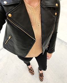 Leather jacket and leopard loafers Leopard Loafers Outfit, Leopard Print Outfits, Women's Loafers, Leopard Flats, Cute Fall Outfits, Fall Winter Outfits, Stylish Outfits, Winter Fashion, Black Outfits